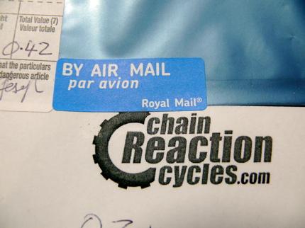 Chain Reaction マーク.jpg