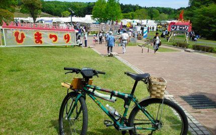 火祭り 自転車.jpg