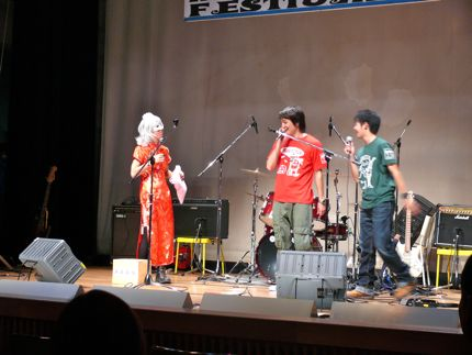 MF2011抽選会.jpg